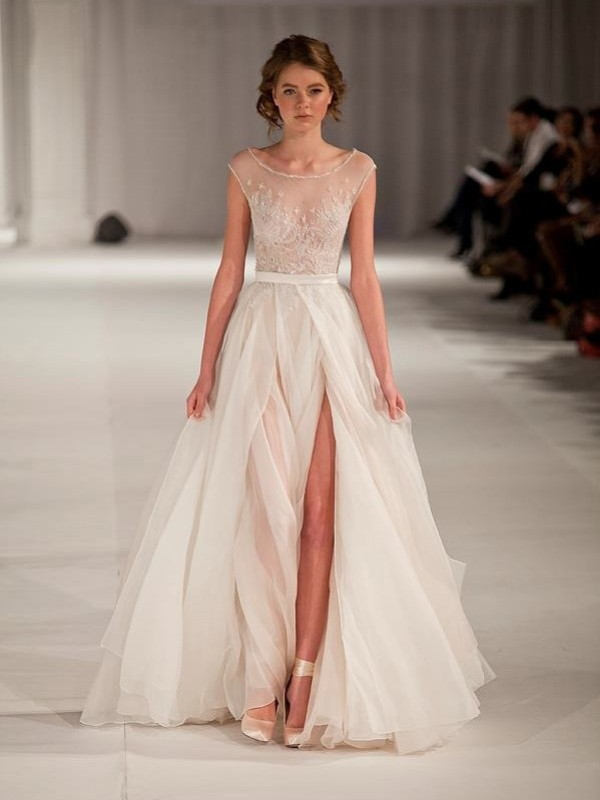 A-Line Organza Scoop Short Sleeves Floor-Length With Beading Dresses