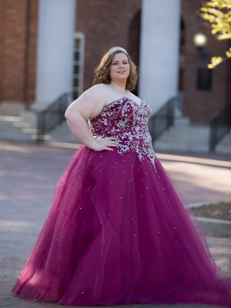 b04f1e360e4 Ball Gown Sweetheart Sleeveless With Beading Floor-Length Tulle Plus Size  Dresses