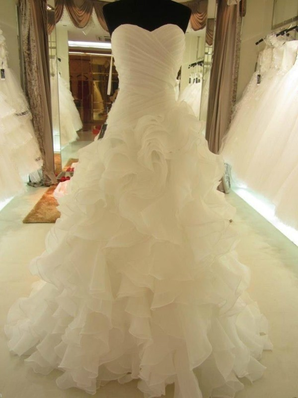 Ball Gown Organza Sweetheart Sleeveless Court Train With Ruffles Wedding  Dresses