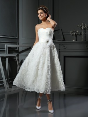 A-Line Satin Sweetheart Sleeveless Tea-Length With Bowknot Wedding Dresses