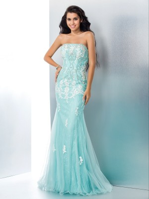 Mermaid Lace Strapless Sleeveless Sweep/Brush Train With Applique Dresses