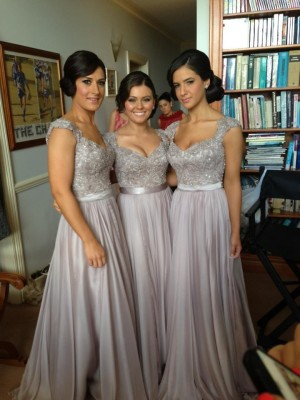 Sheath Chiffon V-neck Short Sleeves Floor-Length With Beading Dresses