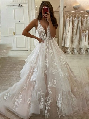 A-Line/Princess Organza V-neck Sleeveless Applique Sweep/Brush Train Wedding Dresses