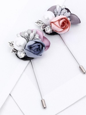 Chic Alloy With Imitation Pearl Ladies' Brooch