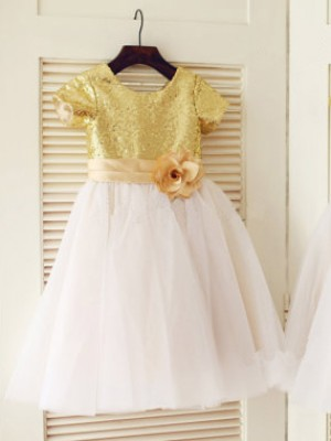 A-Line Tulle Scoop Short Sleeves Knee-Length With Sequin Flower Girl Dresses
