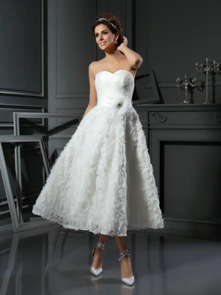 A-Line Satin Sweetheart Sleeveless Tea-Length With Bowknot Wedding Dresses