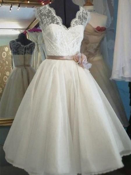 A-Line V-neck Knee-Length Lace Sleeveless With Sash/Ribbon/Belt Tulle Wedding Dresses