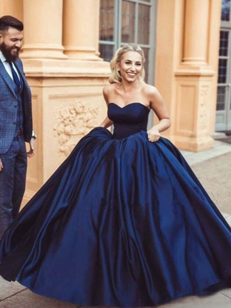 Ball Gown Sleeveless Sweetheart Sweep/Brush Train With Ruffles Satin Dresses