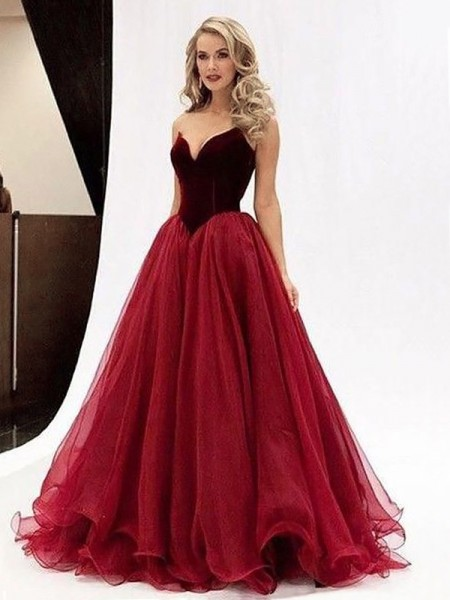 Ball Gown Tulle Sweetheart Sleeveless Floor-Length With Ruffles Dresses