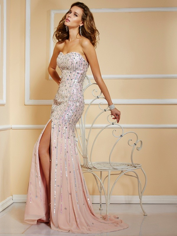 A-Line Chiffon Strapless Sleeveless Sweep/Brush Train With Beading Dresses