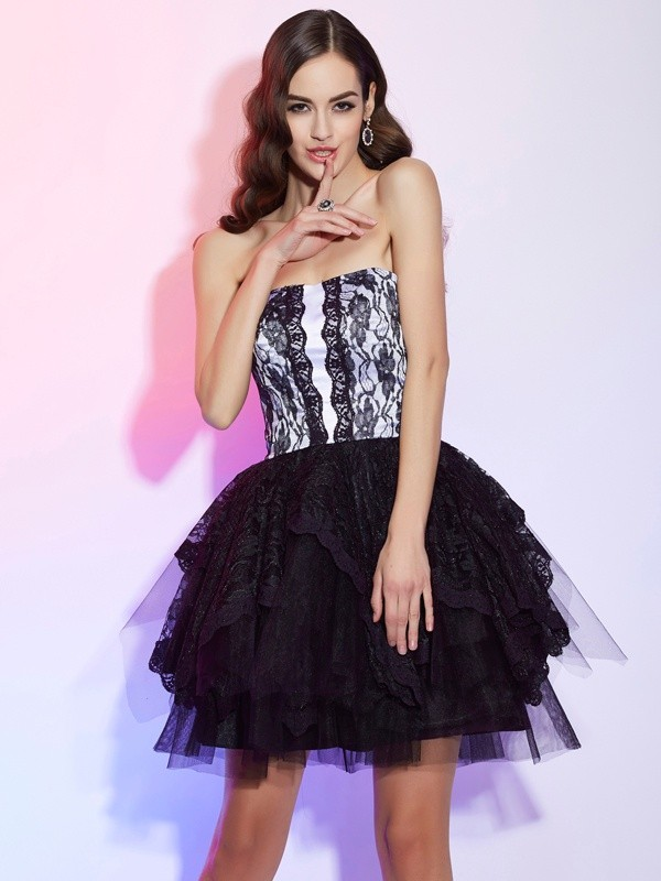 A-Line Lace Sweetheart Sleeveless Short/Mini With Lace Homecoming Dresses