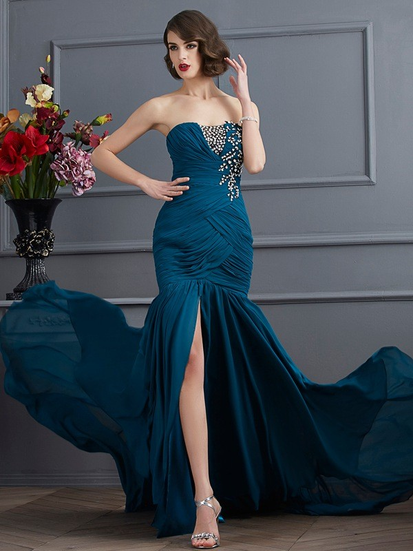 Mermaid Chiffon Strapless Sleeveless Sweep/Brush Train With Beading Dresses