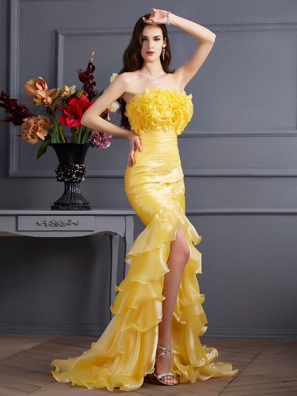 Mermaid Tulle Strapless Sleeveless Sweep/Brush Train With Ruffles Dresses