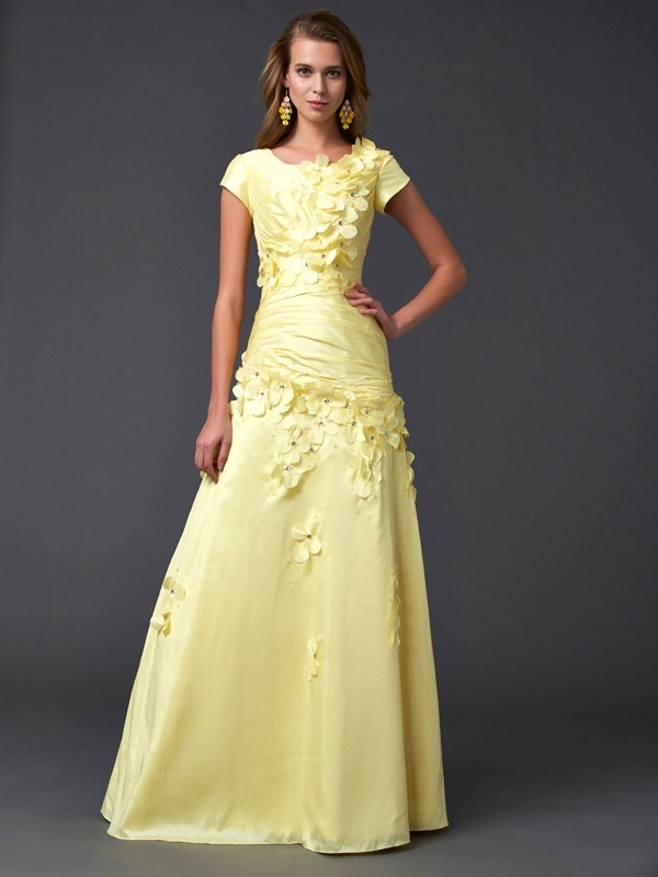 Sheath Taffeta Scoop Short Sleeves Floor-Length With Applique Dresses