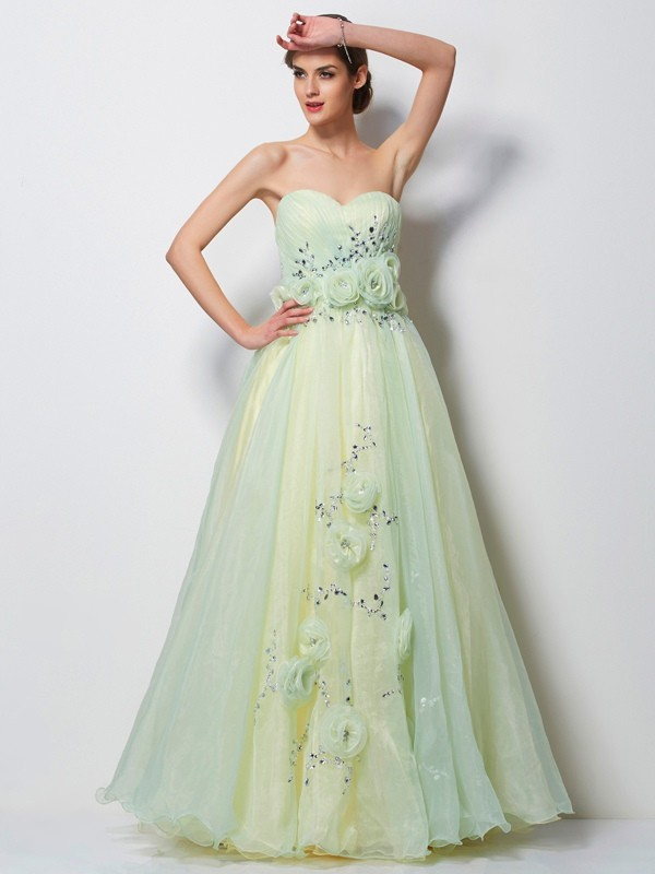 A-Line Satin Sweetheart Sleeveless Floor-Length With Beading Dresses