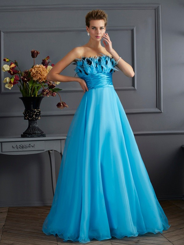 A-Line Chiffon Strapless Sleeveless Floor-Length With Feathers/Fur Dresses