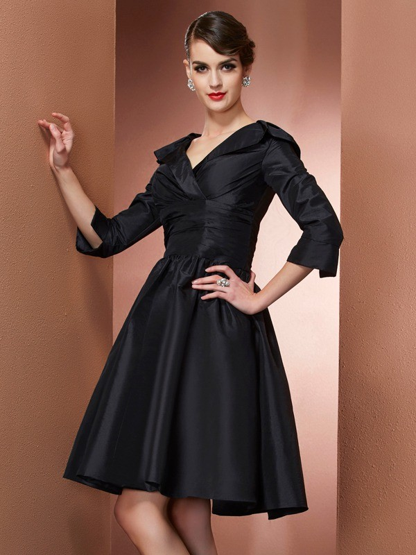 A-Line Taffeta V-neck 3/4 Sleeves Short/Mini With Ruched Mother of the Bride Dresses