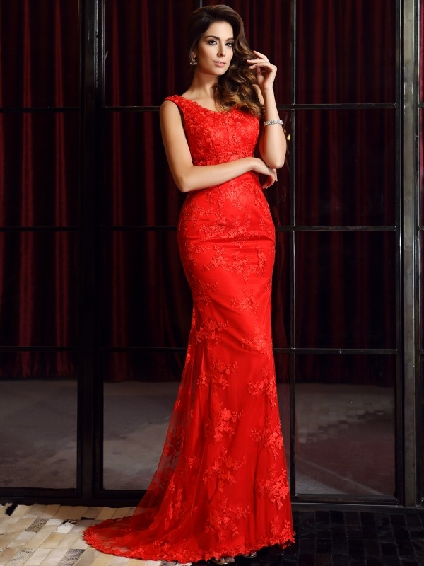 Mermaid Lace V-neck Sleeveless Sweep/Brush Train With Applique Dresses