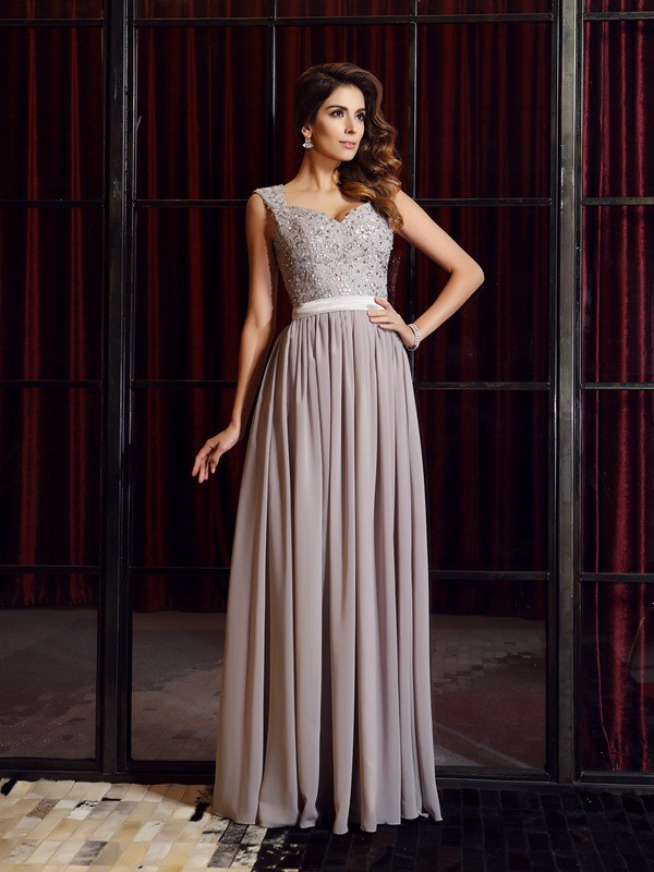 A-Line Chiffon Straps Sleeveless Floor-Length With Applique Dresses