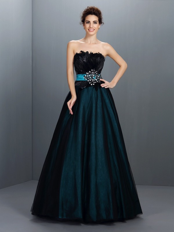 Ball Gown Elastic Woven Satin Strapless Sleeveless Floor-Length With Feathers/Fur Quinceanera Dresses