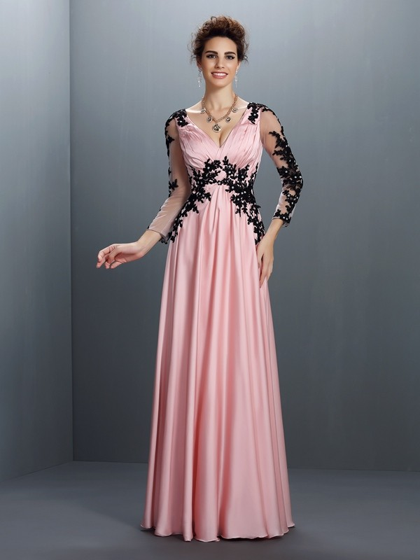 A-Line Chiffon V-neck 3/4 Sleeves Floor-Length With Applique Dresses