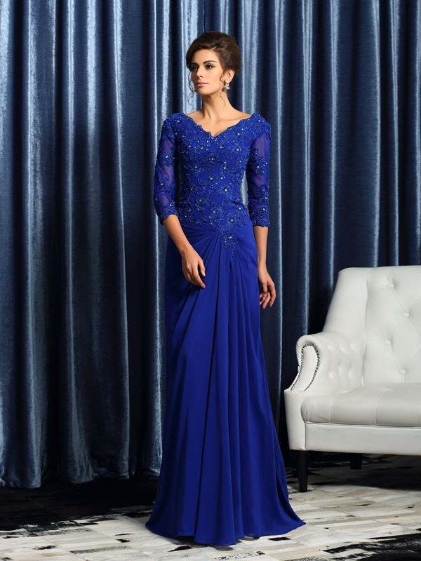 A-Line Chiffon V-neck 3/4 Sleeves Sweep/Brush Train With Applique Mother of the Bride Dresses