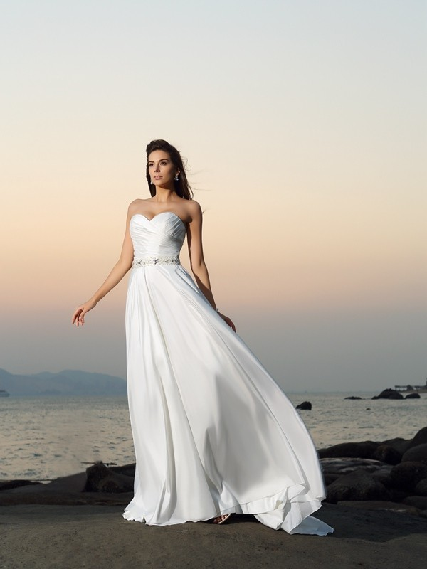A-Line Taffeta Sweetheart Sleeveless Chapel Train With Beading Wedding Dresses