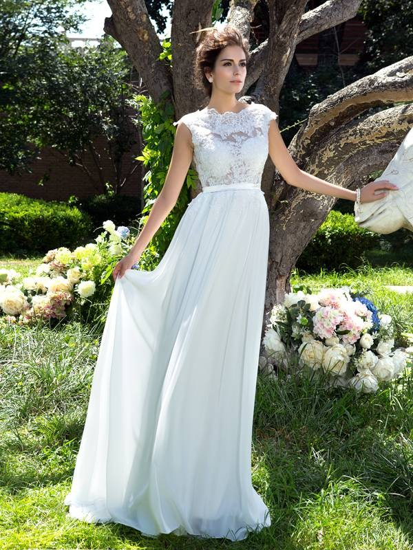 A-Line Chiffon Scoop Sleeveless Sweep/Brush Train With Applique Dresses