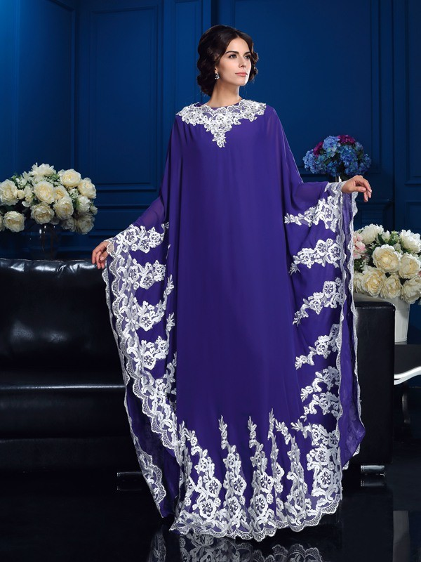 A-Line Chiffon Scoop Long Sleeves Floor-Length With Applique Mother of the Bride Dresses