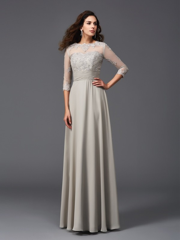 A-Line Chiffon Scoop 3/4 Sleeves Floor-Length With Applique Dresses
