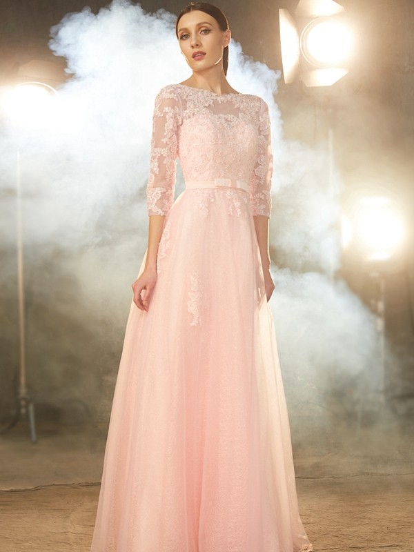 A-Line Tulle Bateau 1/2 Sleeves Floor-Length With Applique Dresses