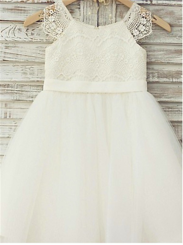 7dc50a6f A-Line Tulle Scoop Sleeveless Knee-Length With Lace Flower Girl Dresses