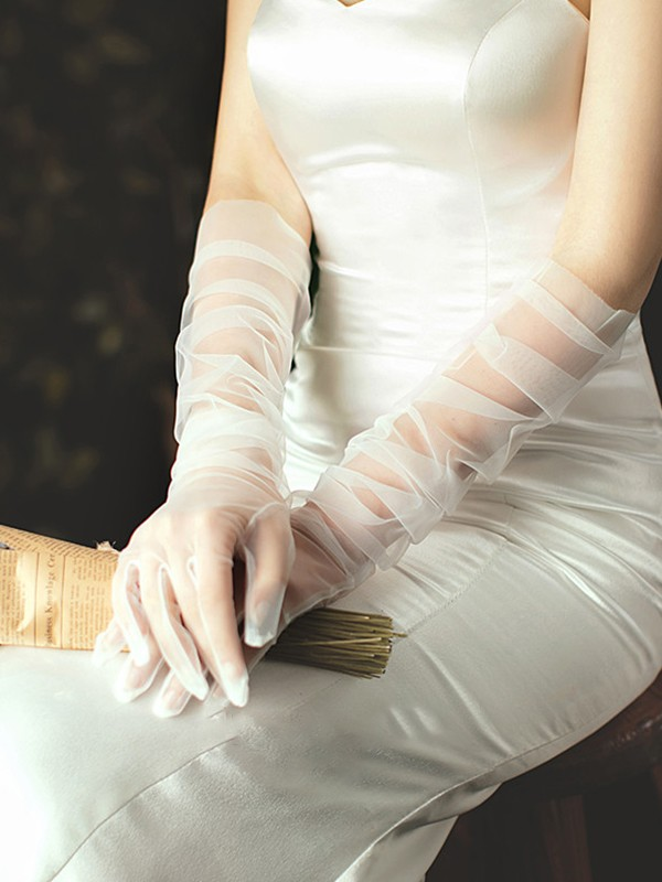 Pretty Tulle Opera Length Wedding Gloves