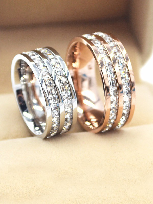 Luxurious Titanium With Rhinestone Hot Sale Rings