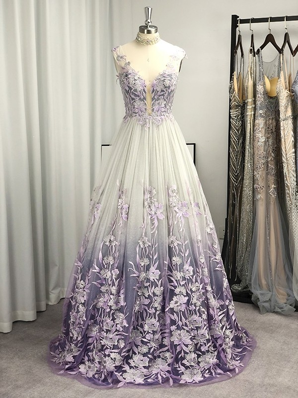A-Line/Princess V-neck Sleeveless Applique Sweep/Brush Train Dresses