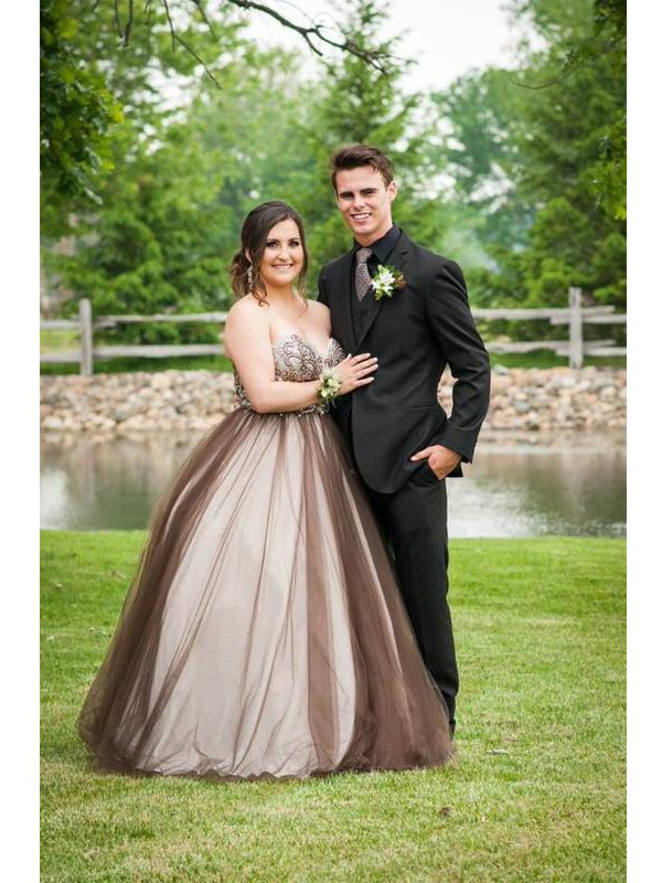 Ball Gown Sweetheart Sleeveless With Beading Floor-Length Tulle Plus Size Dresses