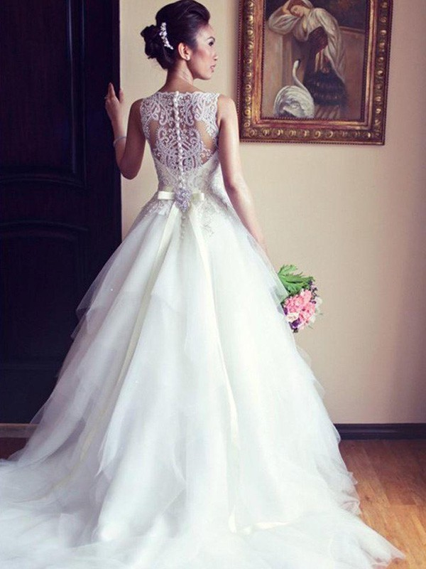 A-Line Sleeveless Scoop Chapel Train With Sash/Ribbon/Belt With Beading With Applique Lace Tulle Wedding Dresses