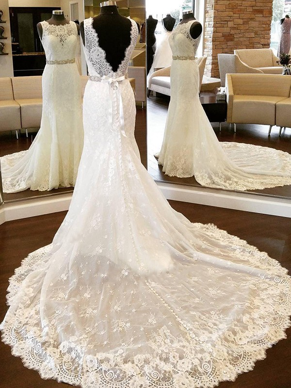 Sheath Lace Scoop Sleeveless With Bowknot Chapel Train Wedding Dresses