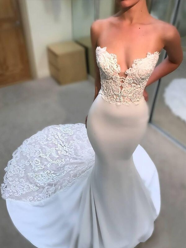 Mermaid V-neck Sleeveless Lace Court Train Satin Wedding Dresses