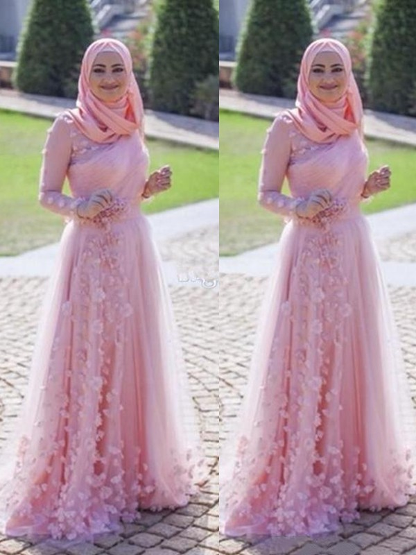 A-Line Long Sleeves Scoop Sweep/Brush Train With Applique Tulle Muslim Dresses