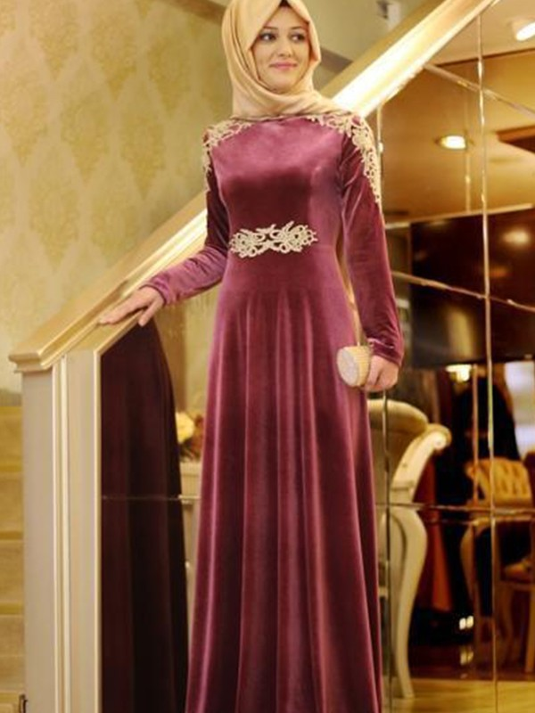 A-Line Long Sleeves Scoop Floor-Length With Ruffles Velvet Muslim Dresses