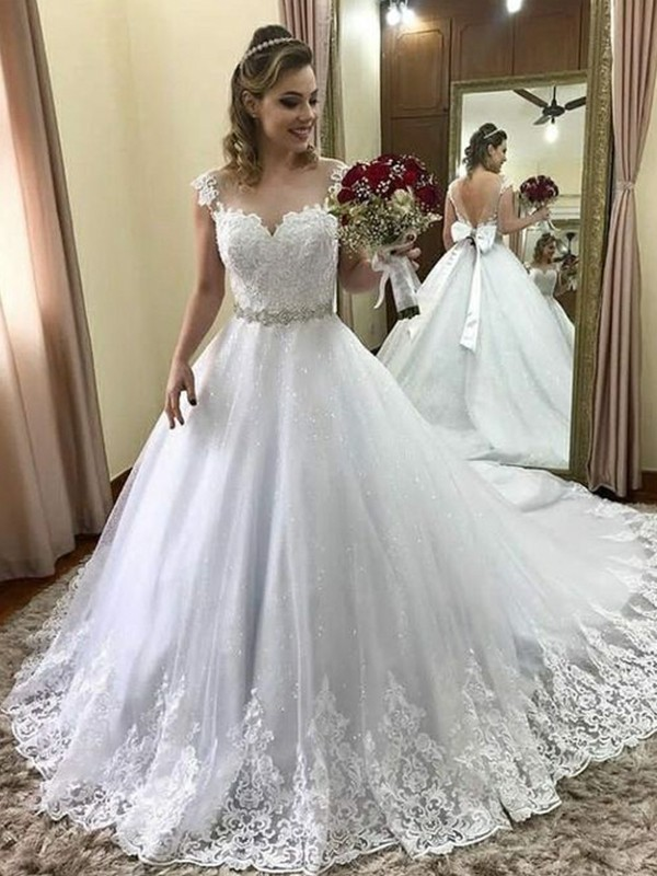 Ball Gown Sweetheart Sleeveless Court Train With Beading Tulle Wedding Dresses