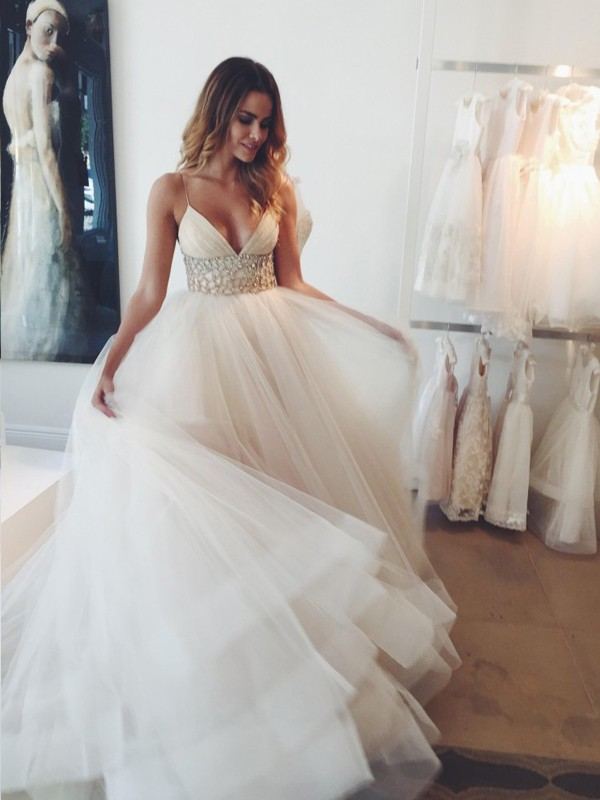 Ball Gown Tulle Spaghetti Straps Sleeveless Court Train With Crystal Wedding Dresses