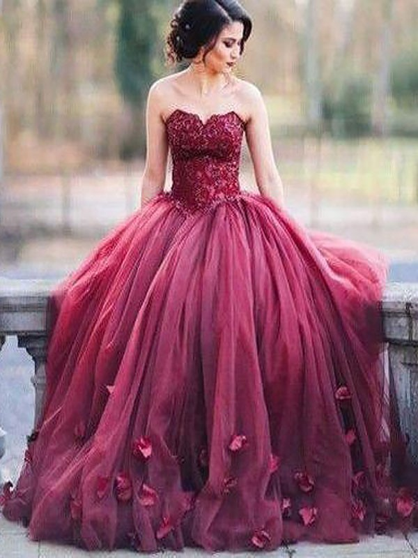 Ball Gown Sleeveless Sweetheart With Applique Floor-Length Tulle Dresses