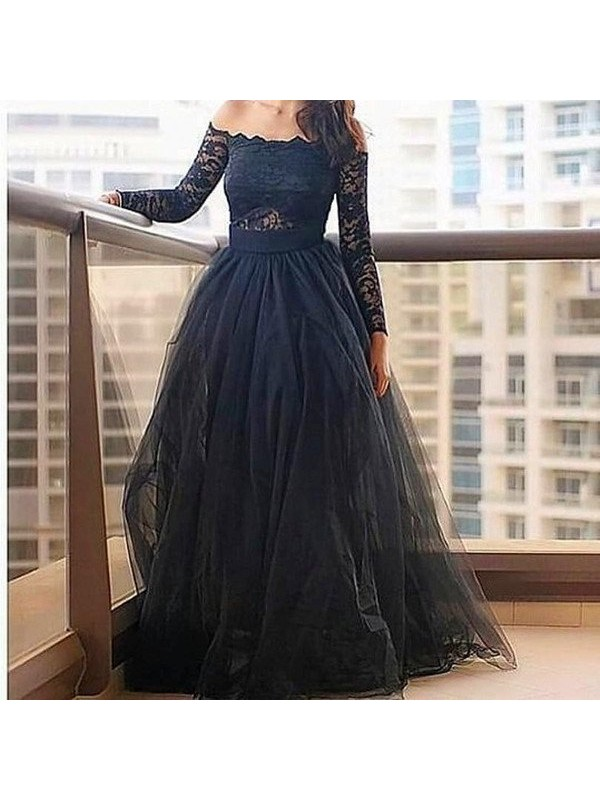 A-Line Tulle Off-the-Shoulder Long Sleeves Floor-Length With Lace Dresses