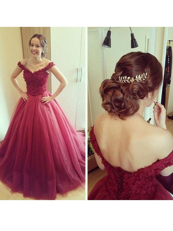 Ball Gown Tulle Off-the-Shoulder Sleeveless Court Train With Applique Dresses