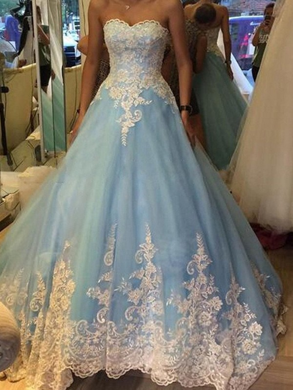 Ball Gown Tulle Sweetheart Sleeveless Sweep/Brush Train With Applique Dresses