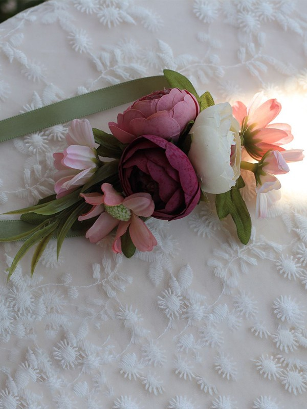 Charming Silk Flower Wrist Corsage