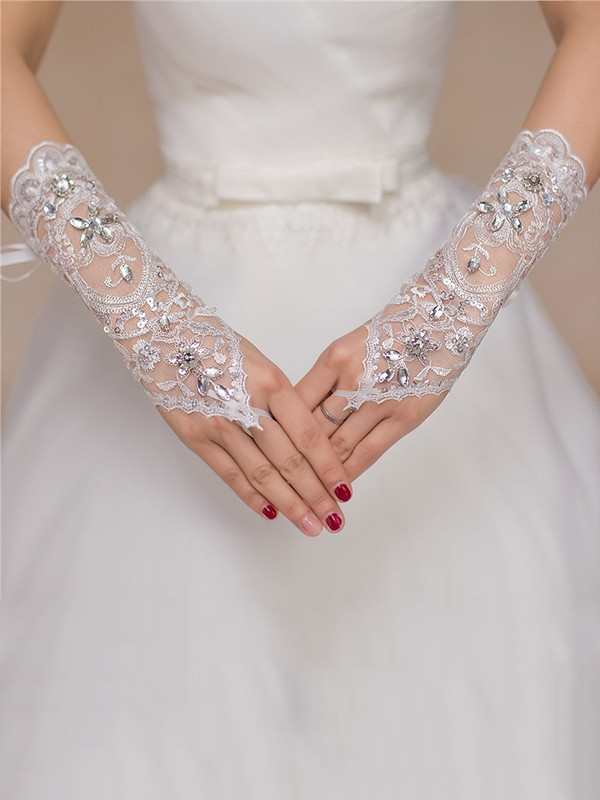 Luxurious Tulle Lace Wedding Gloves