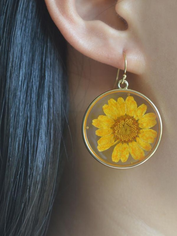 Geometry Daisy Flower Epoxy Earrings